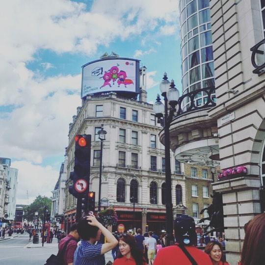 #런던#피카딜리✨에서 날라온 기쁜소식+#엘지챌린저스 캐릭터 런던진출👏🏻